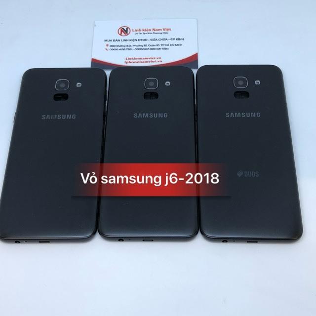 thay vỏ Samsung J6 2018